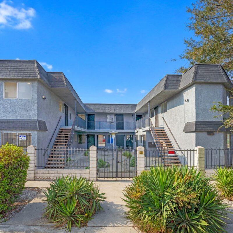 Slauson Manor Apartments